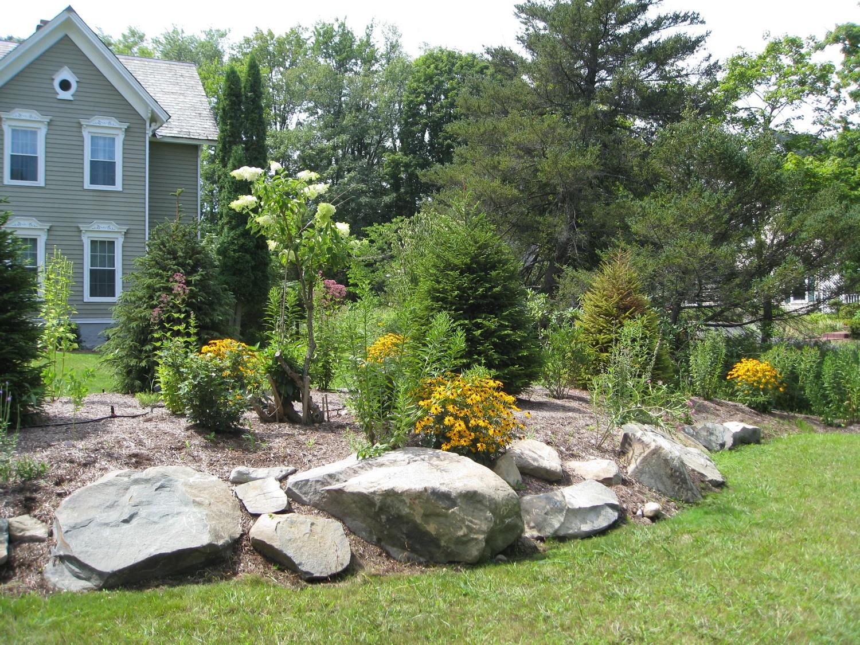 Image gallery landscaping berm for Landscape berm design