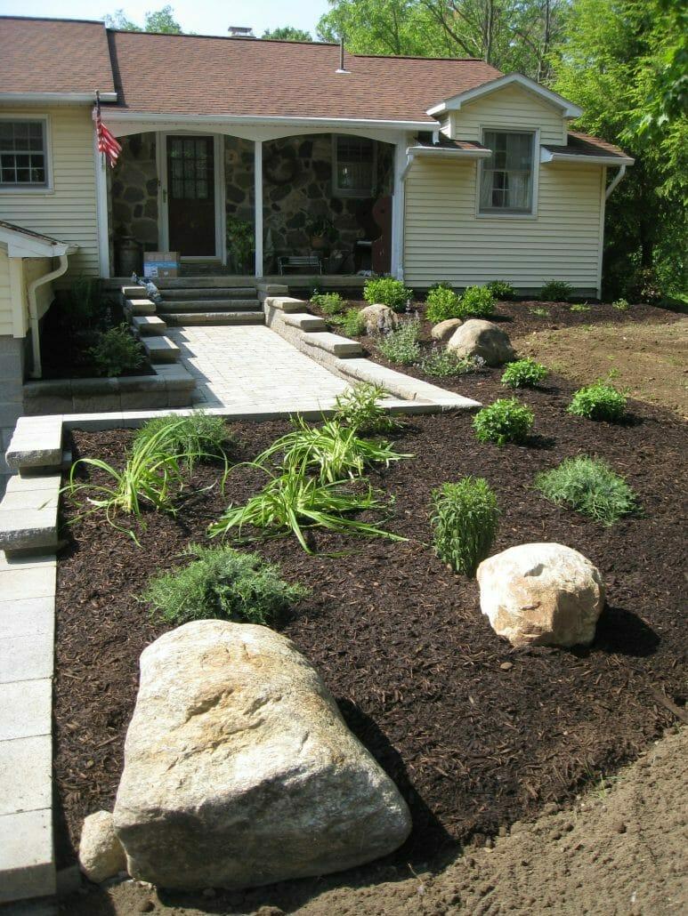 Small Planting design in Saratoga County