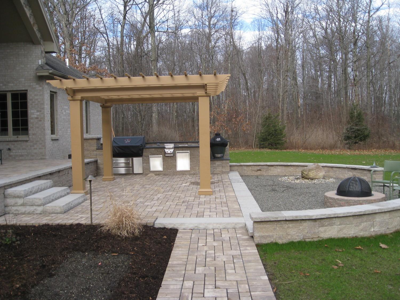 Back Yard Outdoor Kitchen Wynantskill Ny Landscaping